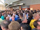 ساوثهامبتون يعيد قيمة التذاكر لبعض الجماهير بعد التعادل مع مانشستر يونايتد