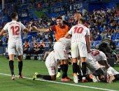 إشبيلية يخطف فوزا قاتلا من خيتافى ويتصدر الدوري الإسباني.. فيديو