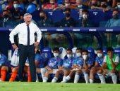 أنشيلوتي يبحث عن حلول لإنهاء أزمة دفاع ريال مدريد