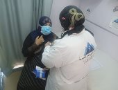 الكشف وتقديم العلاج لـ300 مواطن وتوفير نظارات طبية خلال قافلة طبية ببنى سويف