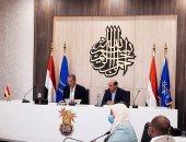 """الاتصالات توقع 3 بروتوكولات مع محافظة أسوان لتنفيذ مشروعات """"حياة كريمة"""".. فيديو وصور"""