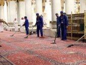 تكثيف عمليات التعقيم والتطهير داخل المسجد النبوى لمكافحة كورونا