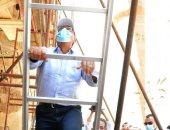 رئيس الوزراء يطمئن على سير العمل بمشروع ترميم طريق الكباش.. فيديو
