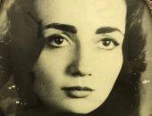 """ليلى علوى تنشر صورة لوالدتها في ذكرى وفاتها: """"وحشتينى ياماما"""""""