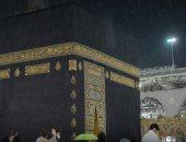 برق ورعد وأمطار غزيرة بالمسجد الحرام فى مكة المكرمة.. صور وفيديو