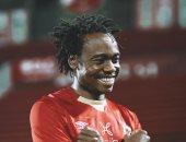 بيرسي تاو يعود لتدريبات الأهلي بعد موقعة بطل النيجر