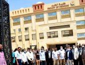 محافظ الوادى يشهد احتفالية المحافظة بدخول كلية الطب البشرى الخدمة التعليمية