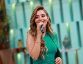 """بلقيس تكشف كواليس منعها من الغناء بمصر فى """"معكم منى الشاذلى"""""""