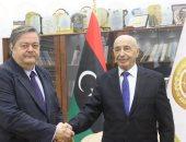رئيس برلمان ليبيا يؤكد ضرورة خروج القوات والمرتزقة وإجراء الانتخابات بموعدها
