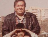 بصورة من دولاب الذكريات.. أحمد فلوكس يحتفل بوالده قبل تكريمه من المسرح القومى