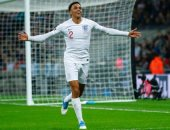مدرب إنجلترا يحول أرنولد إلى جناح ضد أندورا فى تصفيات كأس العالم