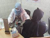 الكشف على 1036 مواطنا فى قافلة طبية مجانية بقريتى أبو حزام وحمرا دوم بقنا