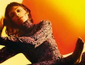 """بعد مقتلها في La Casa De Papel.. """"طوكيو"""" فى جلسة تصوير وقت غروب الشمس"""