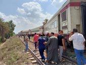 شهود عيان يروون تفاصيل حادث خروج قطار بورسعيد - الإسكندرية عن القضبان