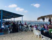 شاهد إقبال المصطافين على شواطئ الإسماعيلية من كل المحافظات.. لايف و صور