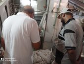 غلق أحد المخابز المخالفة للقرارات والتعليمات التموينية خلال حملة بالإسكندرية
