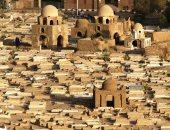 محافظ أسوان: تكليف منطقة الآثار الإسلامية لوقف احتراق الهيش بالجبانة الفاطمية