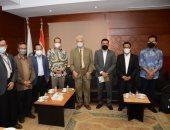 وفد إندونيسى يزور منظمة خريجى الأزهر وتعاون لتحصين الشباب من التطرف