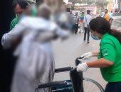 وزيرة التضامن توجه فريق كبار بلا مأوى بإنقاذ مسن فى الإسكندرية.. صور
