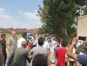 """مئات الأطفال يتلون القرآن أمام قبر الراحل محمود العربى """"فيديو"""""""