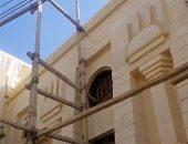 مسجد بزخارف فرعونية يثير الجدل فى الفيوم.. وصاحب التصميم يكشف السر.. فيديو