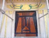 صقر ونقوش فرعونية.. أزمة ساخنة يشعلها تصميم أحد مساجد الفيوم.. فيديو