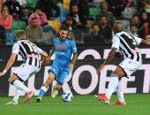 نابولي يكتسح أودينيزي برباعية ويتصدر الدوري الإيطالي بالعلامة الكاملة