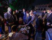 """أين يعمل """"صنايعية مصر""""؟..من المرسم تبدأ الإبداعات (فيديو)"""