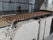 ضبط مصنع بسكويت بالجيزة يعيد تصنيع العبوات منتهية الصلاحية