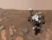 مسبار يلتقط صور سيلفي في موقع تجميع العينات التاريخية لسطح المريخ