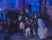 تفاصيل سقوط ماجدة الرومى على مسرح مهرجان جرش.. فيديو