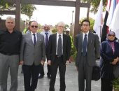 سفير اليابان يزور حديقة 6 أكتوبر فى حلوان