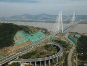 افتتاح أكبر جسر معلق فى العالم بالصين بطول يزيد عن 2000 متر.. صور