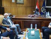 محافظ بورسعيد ينسق لإزالة التعديات على المصارف المائية والموارد الزراعية