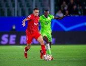 دوري أبطال أوروبا.. إشبيلية يتعادل ضد فولفسبورج وليل يسقط أمام سالزبورج