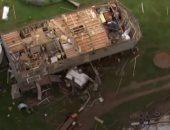تطاير أسقف المنازل غرب مدينة سيدنى الأسترالية بسبب إعصار عنيف.. فيديو وصور