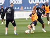 إسبانيول ضد ريال مدريد.. ميندي يعود للتدريبات منفردا