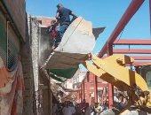 إزالة 6 حالات تعد على الأرصفة والطريق العام بمدينة أسوان