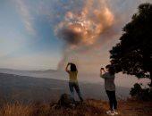 صراع النار والماء.. بركان جزر الكنارى يتجه للمحيط الأطلسي.. وهجرة آلاف الإسبان