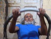 """""""ناصر مجانص"""" أكبر لاعب كمال أجسام فى مصر.. عمل جيم من الخردة """"فيديو"""""""
