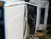 إصابة 22 شخصا فى حادث تصادم سيارتين على الطريق الزراعى بأسوان