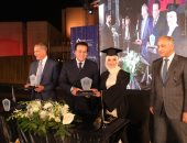 وزير التعليم العالى يشهد احتفال جامعة النهضة بتخريج دفعة جديدة من طلابها