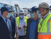 محافظ الإسكندرية يتفقد معدات شركة الصرف الصحى استعداداً لاستقبال موسم الشتاء