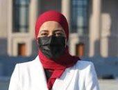 وزيرة الهجرة تهنئ فتاة مصرية كأول عربية تفوز برئاسة اتحاد طلاب جامعة ييل الأمريكية