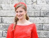 طالبة بالصبح وأميرة بعد الضهر.. يوميات الأميرة إليزابيث ولى عهد بلجيكا.. فيديو