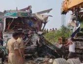 """بسبب """"بهايم"""".. حادث مروع بين شاحنة وأتوبيس فى الهند.. فيديو"""