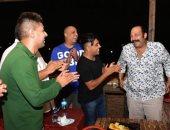 """أسرة مسلسل """"الفرح فرحنا"""" تحتفل بعيد ميلاد محمد ثروت.. صور"""