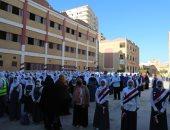 بدء العام الدراسى الجديد بكفر الشيخ وسط إجراءات احترازية.. لايف وصور