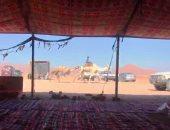 أهالى سيناء ينصبون خيمة استقبال لضيوف سباق الهجن بشرم الشيخ.. فيديو وصور