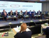 كيف نواجه تحديات وفرص مشاركة المصريين بالخارج في التنمية المستدامة؟